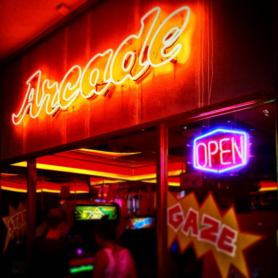 Arcade Area  #computerspielmuseum Berlin - Like in good old times ?? #arcade #berlin #neon #neonreklame #spaceinvaders #donkeykong #paperboy #pacman #80s #80er #videogames