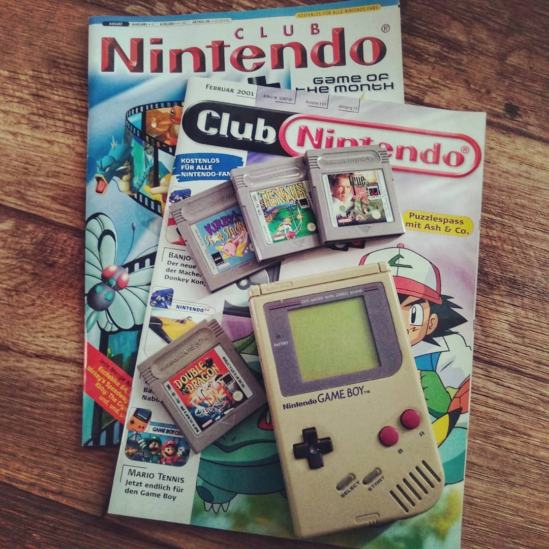 Urlaubsvorbereitung wie in der Kindheit.? ?? Vacation preperation like in the good old times. Club #Nintendo ?, Favorit Gameboy Games ? #Gameboy ? Batteries ?- #retrogames #retro #doubledragon #truelies #tennis #kirby #kirbystarstacker #warriorblast #holi