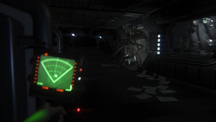 Der Motion-Tracker ist Hilfe und Nervensäge zugleich. In dunklen Gängen macht sein Geräusch das Spiel fast unerträglich spannend.
